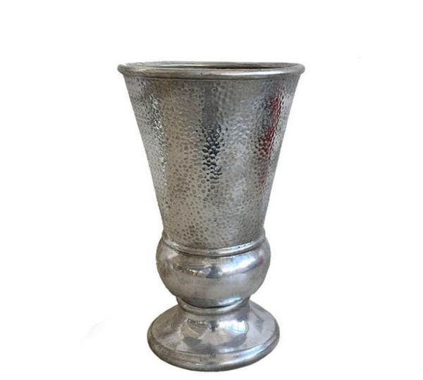 Κεραμικό βάζο, με παλαιωμένο σφυρήλατο φινίρισμα ασημί, 39cm
